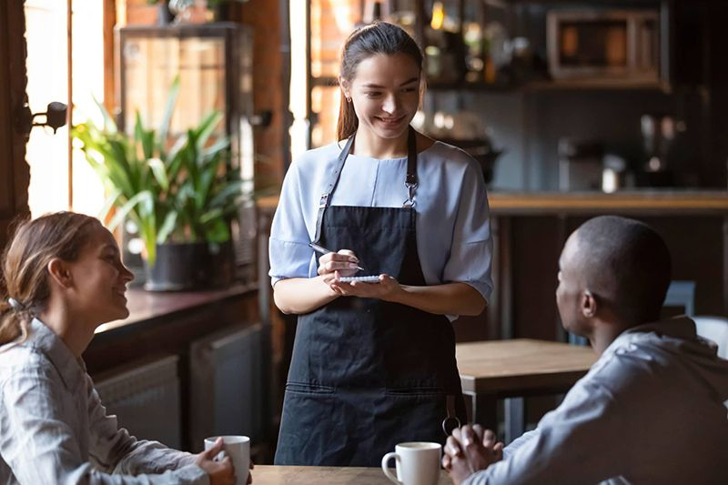 Potpisan plan za otvaranje. Restorani od 27. maja sa 50% kapaciteta!