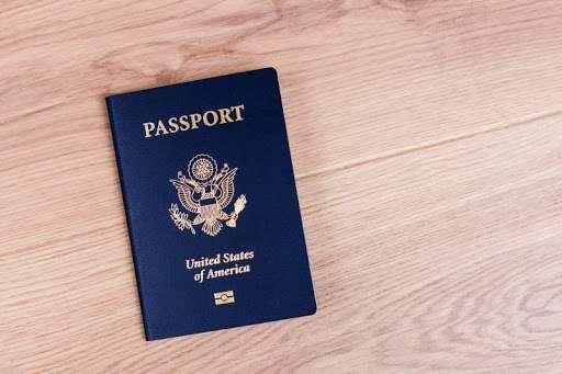 Kako dobiti državljanstvo SAD? Put do američkog pasoša u 10 koraka