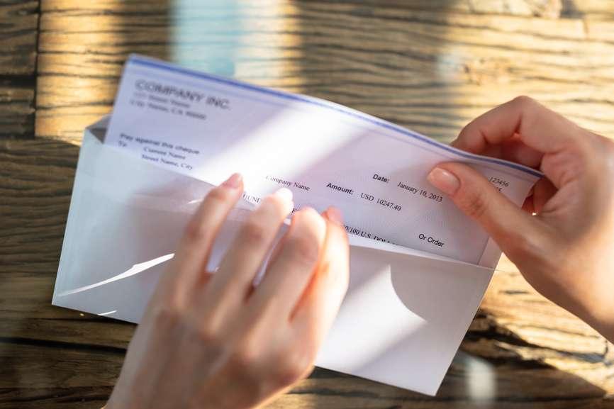 Evo kako će odlaganje plaćanja poreza na zarade uticati na vaše prihode