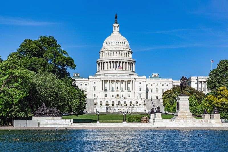 Demokrate i republikanci se dogovorili oko paketa pomoći od $1.000 milijardi